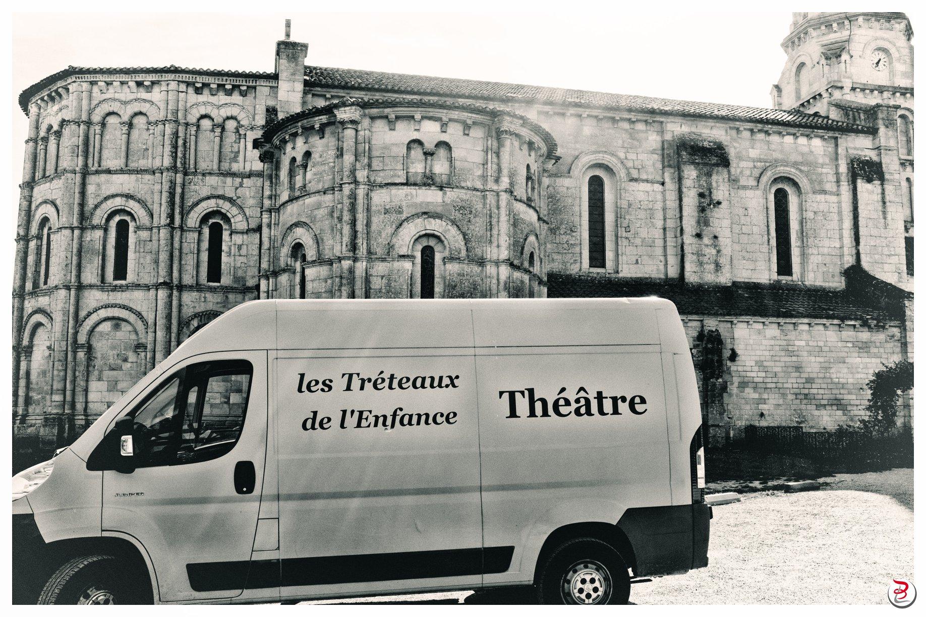 théâtre à Bayon